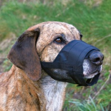 Maulkorb für Hunde mit Netzeinsatz, Größe 3