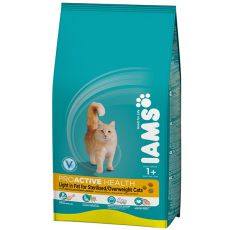IAMS Cat Light rich in Chicken - 2,55 kg